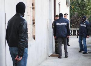 carabinieri-irruzione