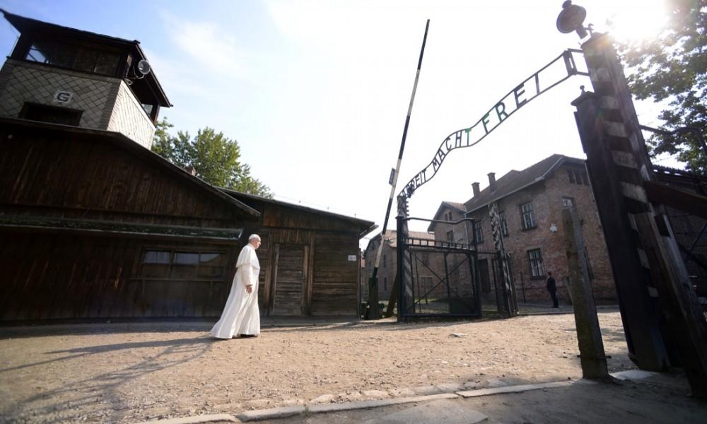 Papa_Auschwitz